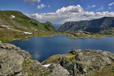 Dünyanın en derin gölü