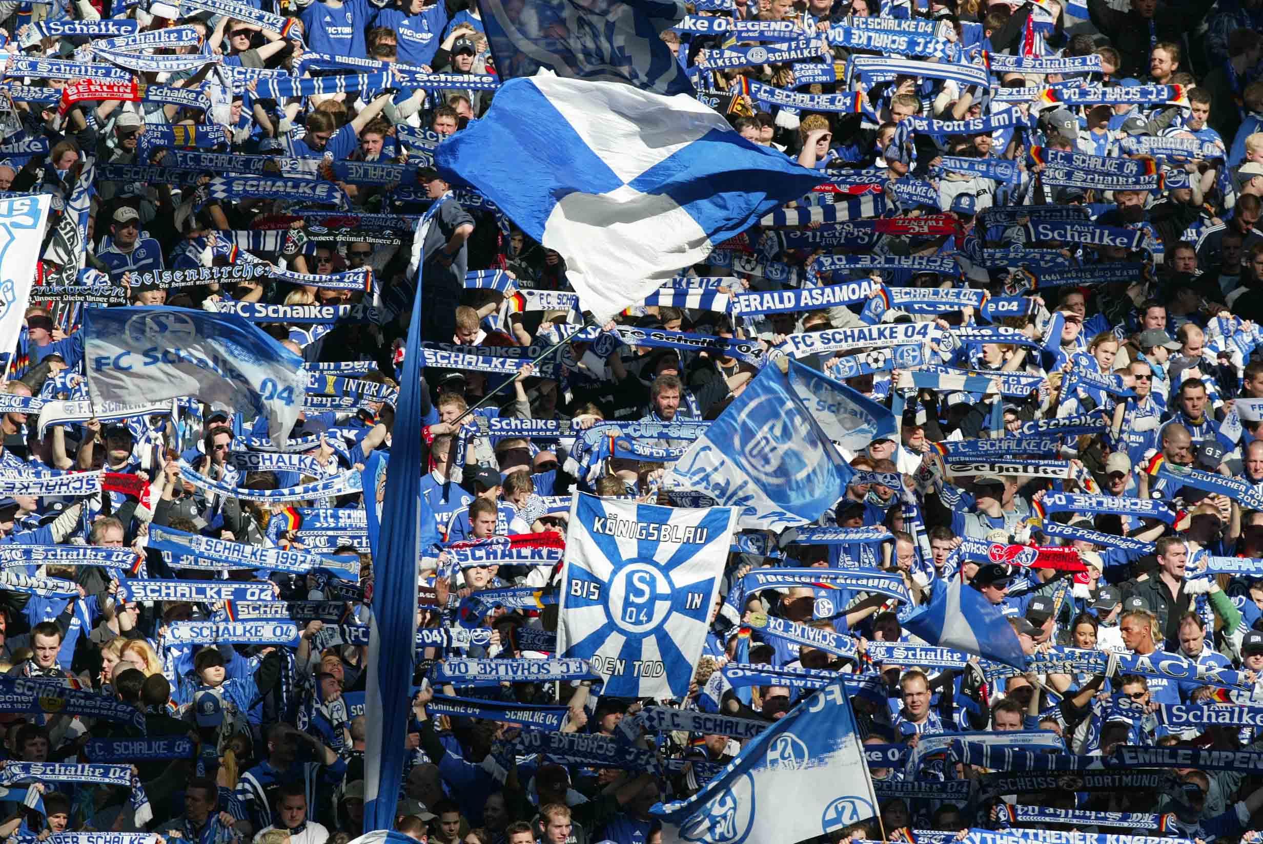 Fc schalke 04 fan club aabach knappen 2001 e v tausend for Koch schalke 04