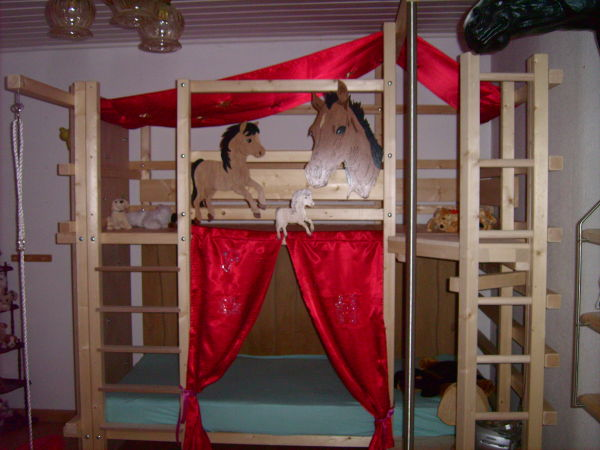 pferde tr ume hochbett etagenbett bett pferdebett jetzt 100 sparen ebay. Black Bedroom Furniture Sets. Home Design Ideas
