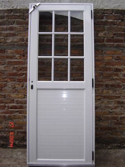 Puertas de aluminio para ba o sencillas for Puertas economicas para exterior