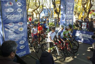 """Chile:  Vuelta Chile, ruta colina farellones, """"alto impacto""""."""
