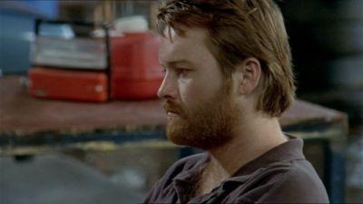Jack hat an <b>Luke Anderson</b> (im Café seiner Mutter)die gleiche Art von Schuhen <b>...</b> - bj0910