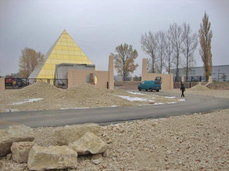 Altenburg Pyramide