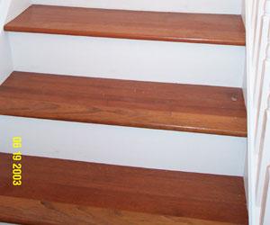 Petrilack alto transito lo mejor for Escalera madera sodimac