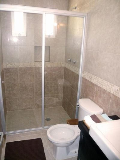 Puertas De Aluminio Para Baños Pequenos:Cancel para baño de vidrio 9mm templado