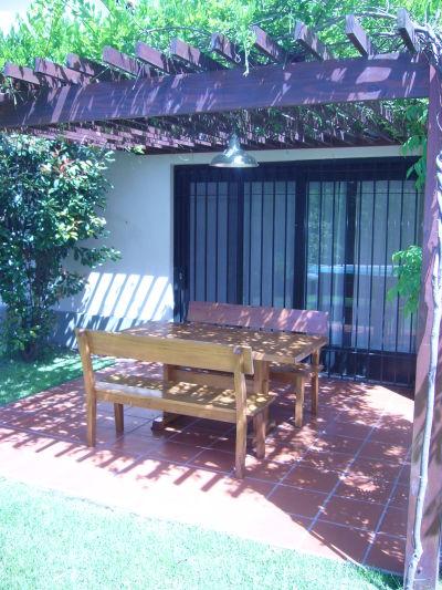 Muebles de jardin quienes somos for Amoblamiento para jardin
