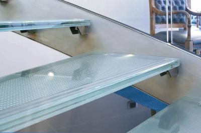 Arquitectura aluminio y vidrio - Escaleras de cristal templado ...