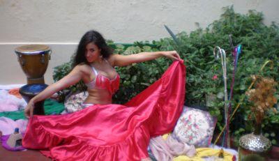 Lisette Morelos – Fotos sensuales en traje de cuero