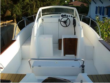 boatsandaccessories - 550 OMBRINE BÉNÉTEAU WA Motor boats (1999)