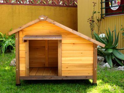 Centro canino acc venta de casetas de madera para perros for Caseta de chapa desmontable
