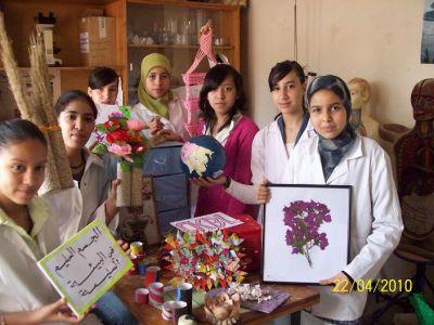 أنشطة النادي البيئي للثانوية الإعدادية خالد بن الوليد - السنة الدراسية 2010 / 2011 Photosfatima1