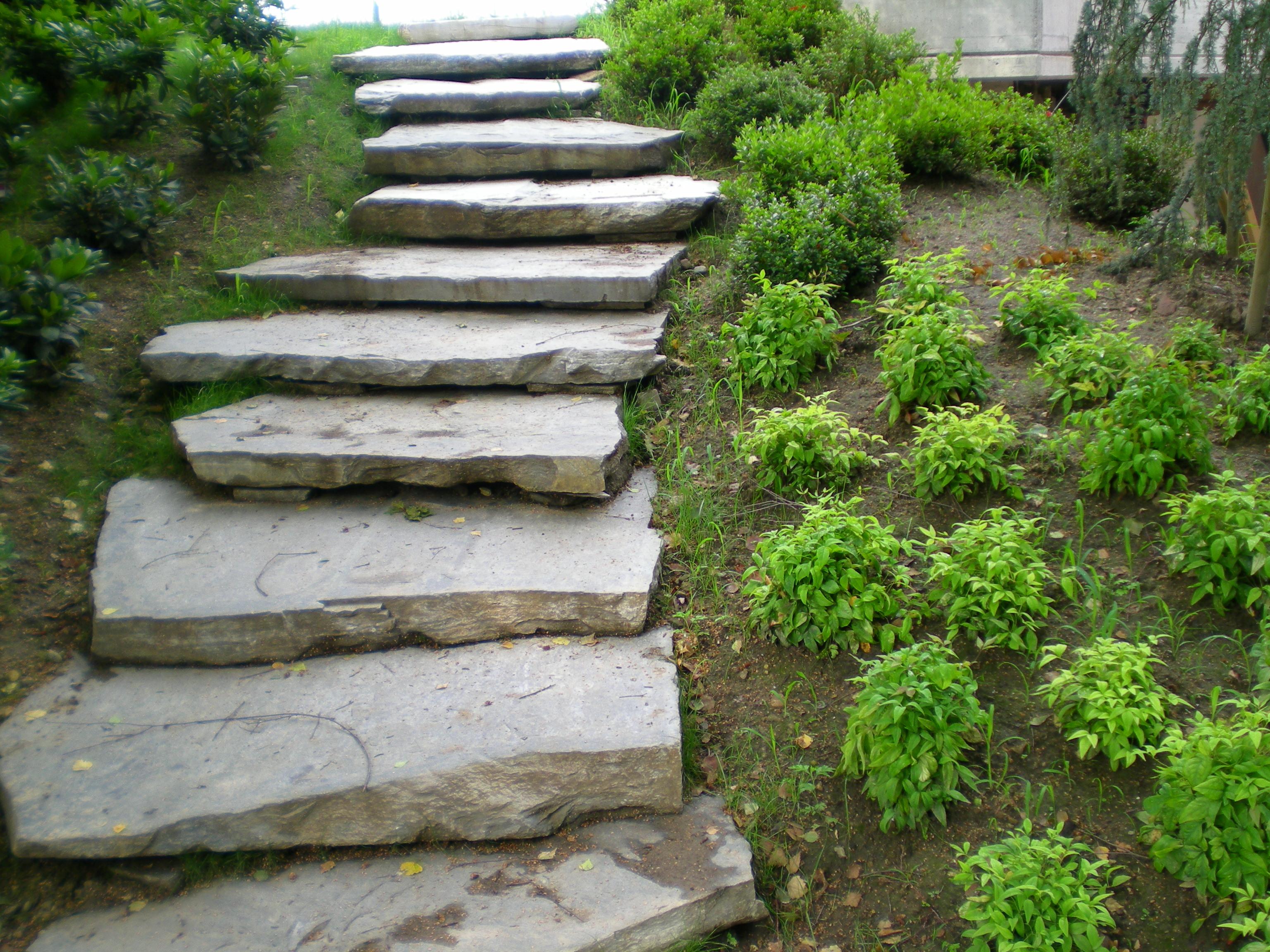 Comunetti pietre e graniti scale - Scale in giardino ...