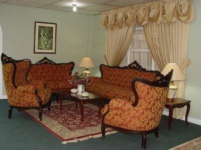 Muebles tallados catalogo de muebles for Muebles de sala tallados en madera