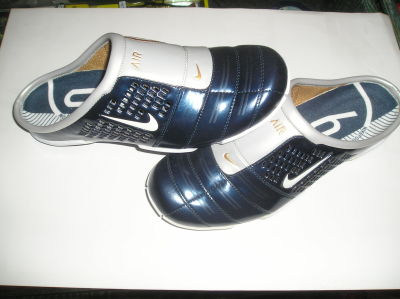 zuecos nike total 90