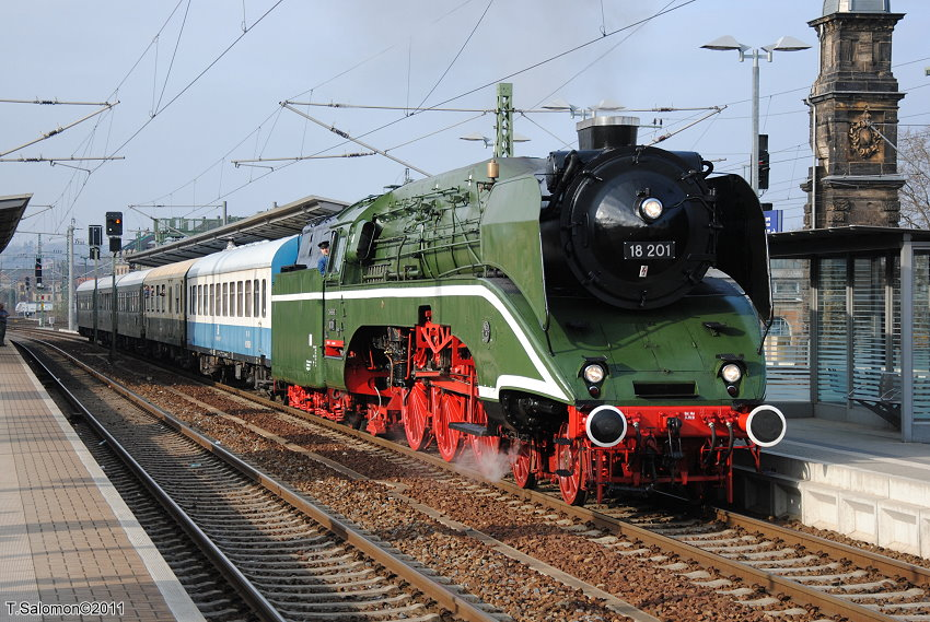 1000 images about steam trains on pinterest flying scotsman portrait and pennsylvania railroad. Black Bedroom Furniture Sets. Home Design Ideas