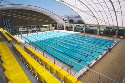 Estilos natacion centros for Piscina 50 metros barcelona
