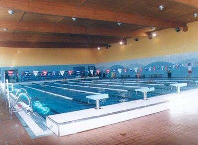 Estilos natacion centros for Piscina rio esgueva