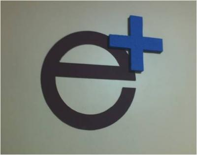 e! online logo  plus KONSTRAK