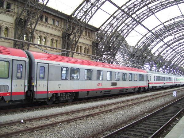 Meine Bilder von der modernen Bahn Cosw-260510-20