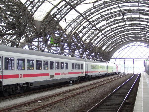 Meine Bilder von der modernen Bahn Cosw-260510-21