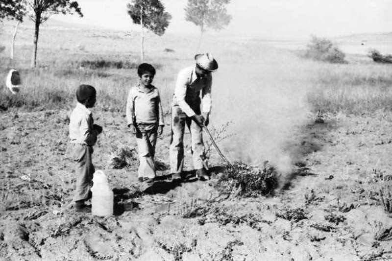 Hüseyin budak ve köy çocukları ile
