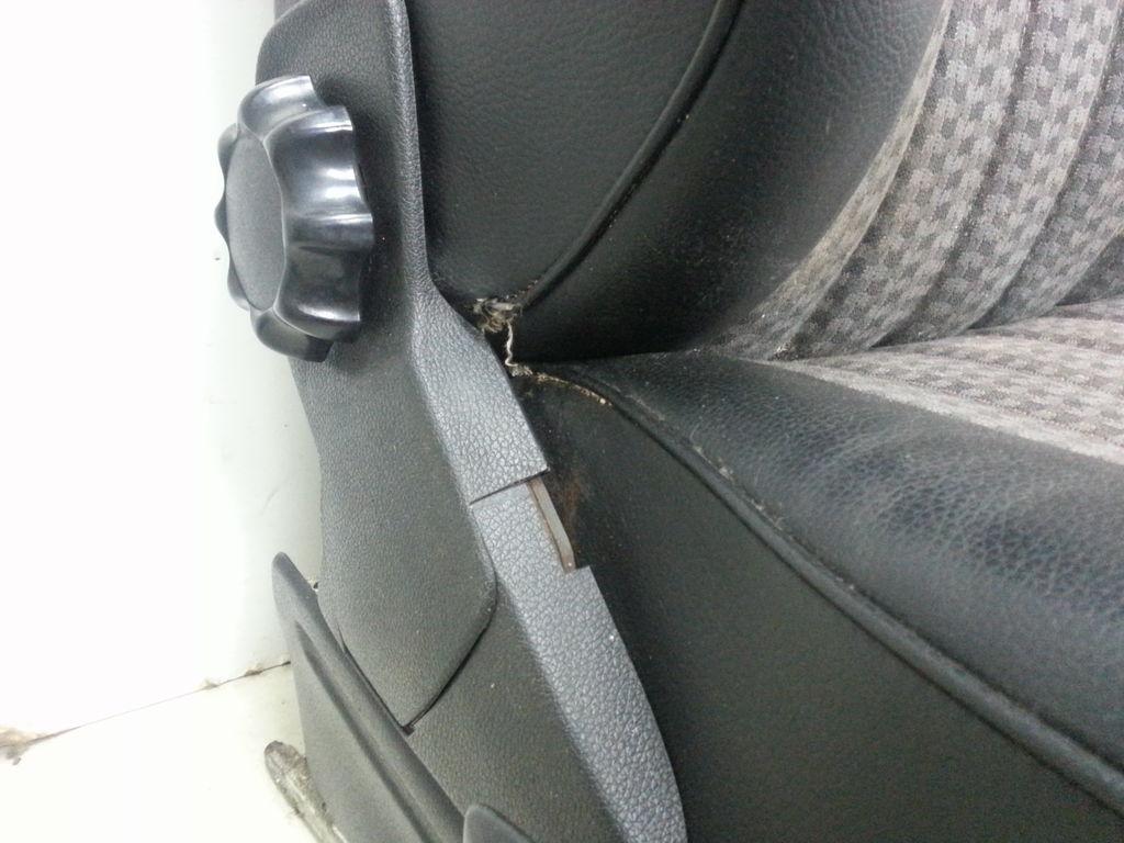 Mercedes w123 e klasse coup sitze schwarz teilleder vorne for Euro automobile