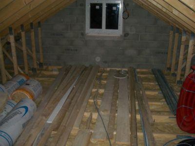 Construire sa maison soi meme l 39 isolation dans les combles for Construire sa cuisine soi meme