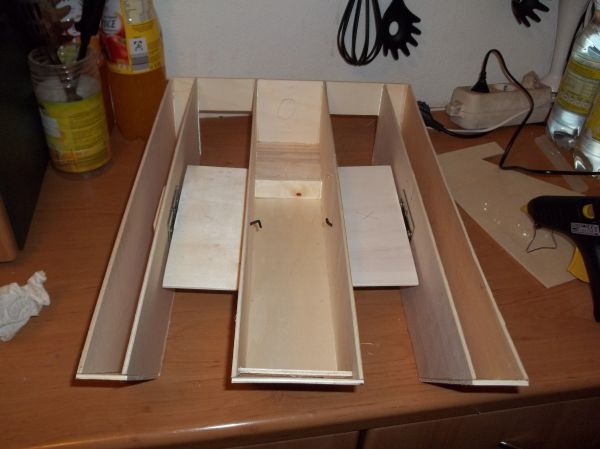fff fishfightersfulda bauanleitung futterboot. Black Bedroom Furniture Sets. Home Design Ideas