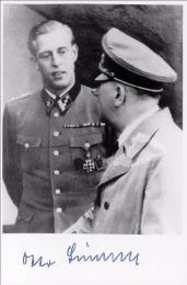 Gunsche ve Adolf Hitler