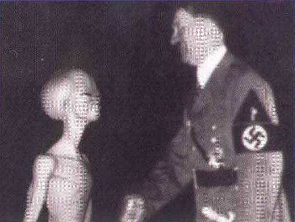 hitler_with_alien_ufo.jpg