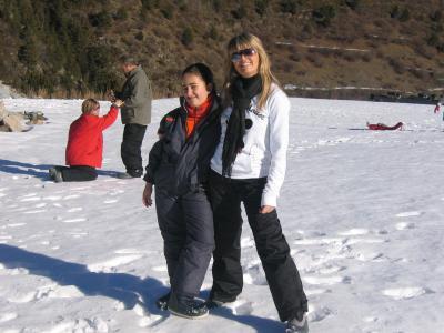 Yolanda y Alba(lluneta)