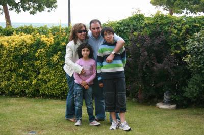 Antonio, Rosa y los niños David y Sara(rosaant)