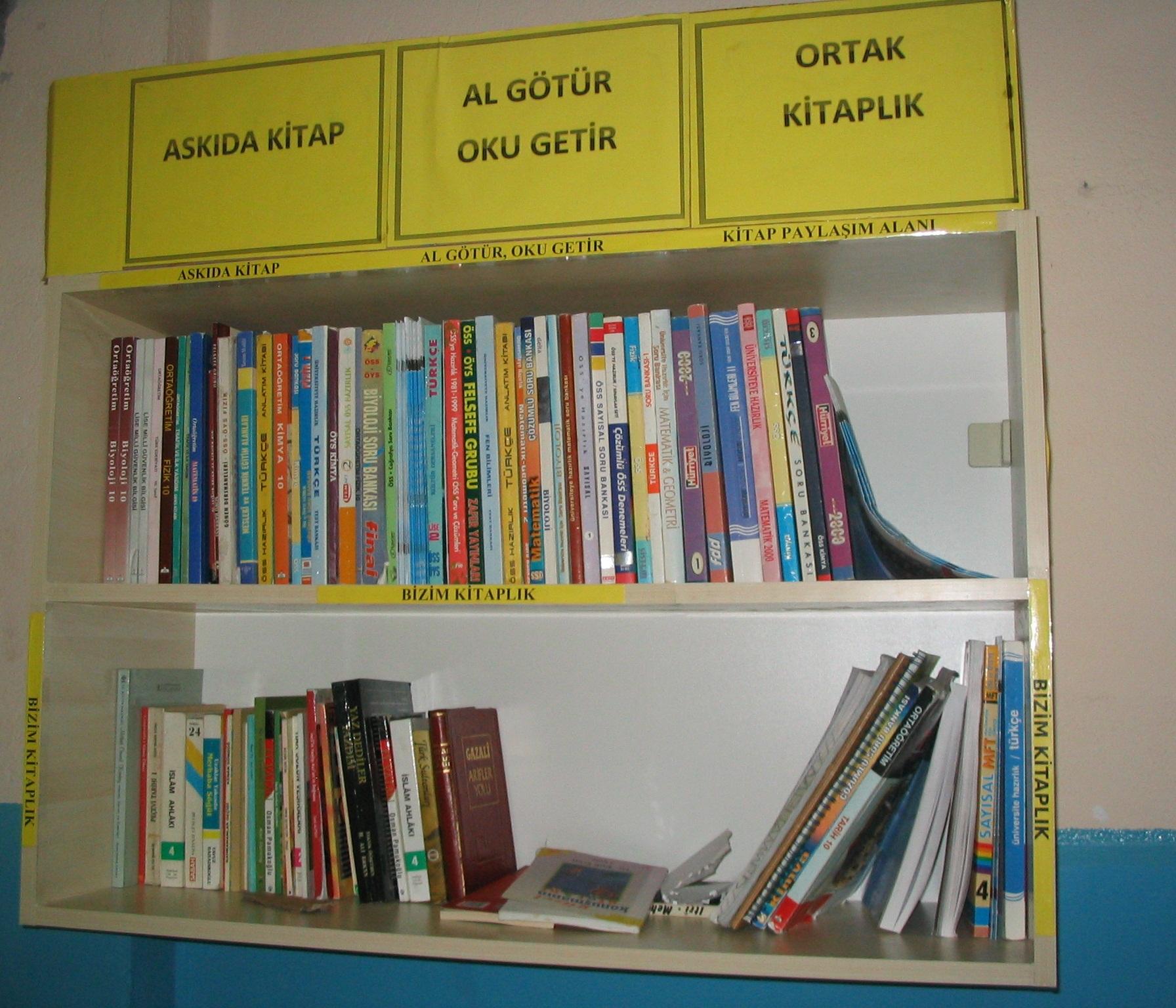askıda kitap, projesi, arif molu, okulda askı, efkan, ortak kitaplık, al götür, oku getir, bizim kitaplık