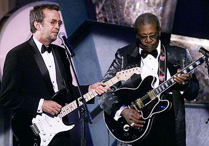 Avec Eric Clapton en 1999