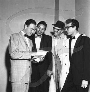 De gauche à droite ; Alan Freed, Jackie Wilson, Terry Nolan et Buddy Holly