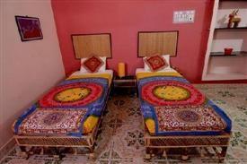 Hotels near pondicherry university