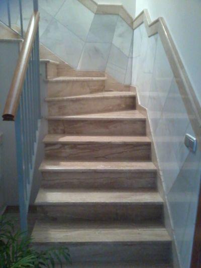 M rmoles rodr guez carvajal escaleras - Zocalos para escaleras ...