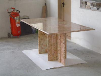 M rmoles y granitos eugenio pardo mesas granito for Fabrica de granitos y marmoles