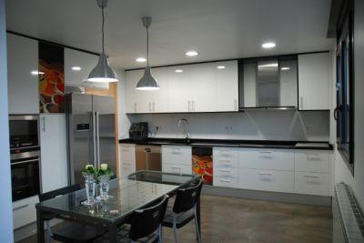 Mavic carpinteria cocinas - Cocinas negras y blancas ...