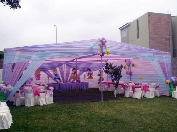 Mixer eventos toldos decorativos for Casas de jardin infantiles
