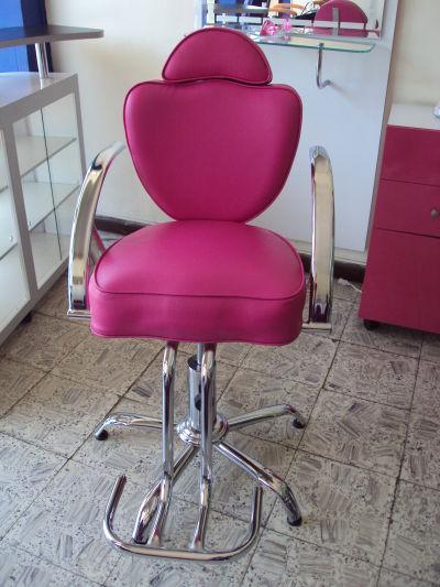 Muebles peluqueria sillas de corte for Sillas de peluqueria