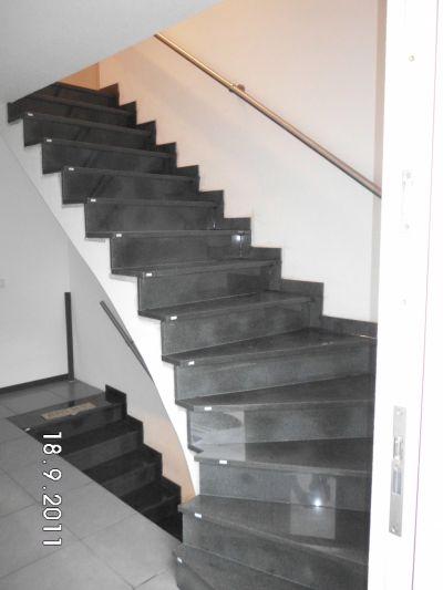 muellersfliesen natursteintreppen. Black Bedroom Furniture Sets. Home Design Ideas