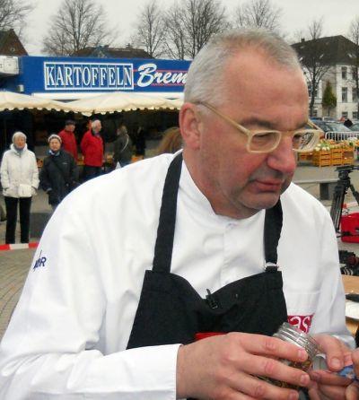 NDR-Fernsehkoch <b>Rainer Sass</b> in Heide/Holstein. - rainer-sass