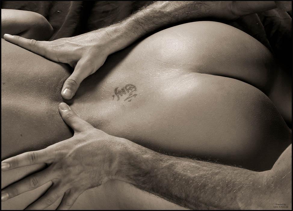vide-eroticheskie-massazhi-zhenshin