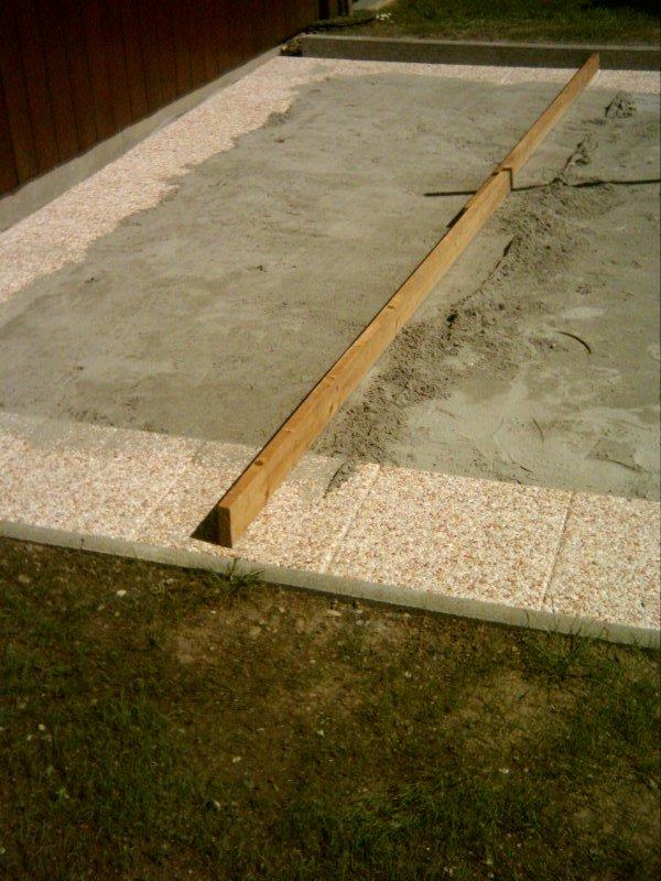 Piscinehorsol terrassement for Pose de dalles exterieur sur sable