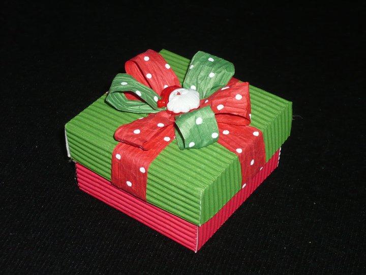 Cajas para regalo de carton corrugado - Imagui