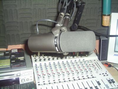 http://img.webme.com/pic/r/radiomastelevision/s2021525.jpg