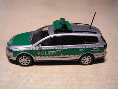 vw passat polizei duisburg. Black Bedroom Furniture Sets. Home Design Ideas