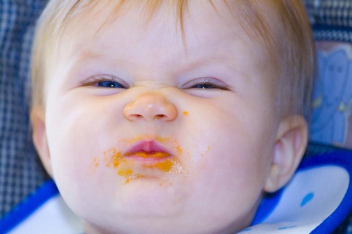 Komik çocuk çok komik hali resmi bir manyak çocuk daha komik resim