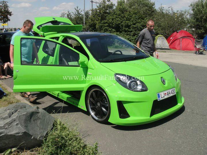 Arabalar modifiyeli araçlar modifiyeli otomobiller modifiyeli renault